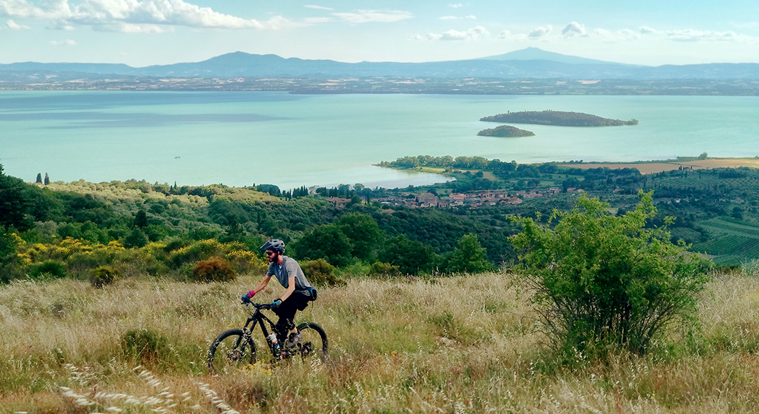 The Wandering Bike - Colline Trasimeno Trasimeno Hills